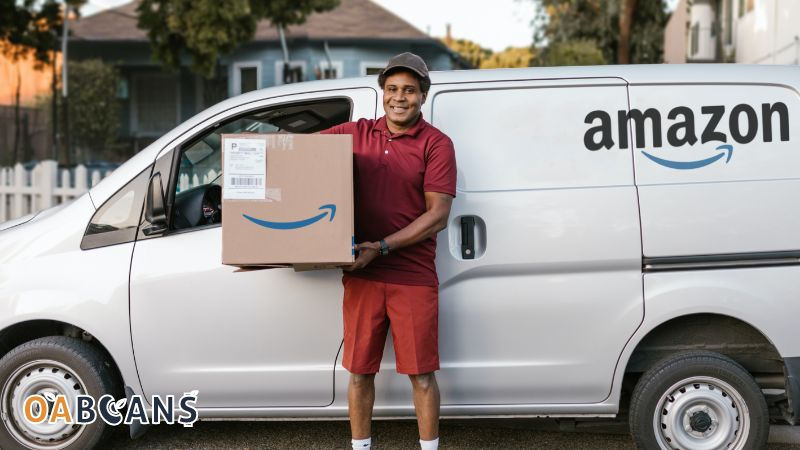Man  is giving Amazon fba inspection service